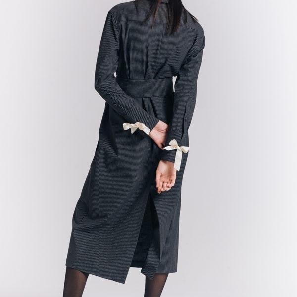 Дизайнерское платье с лентами
