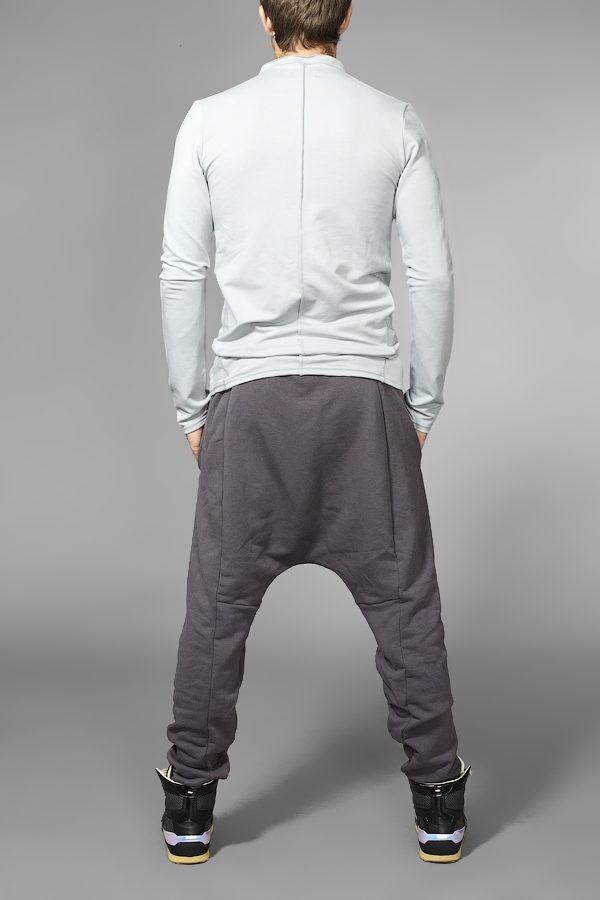Трикотажные штаны с карманами серые