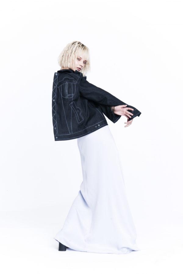 Пиджак джинсовый на подкладке в клетку
