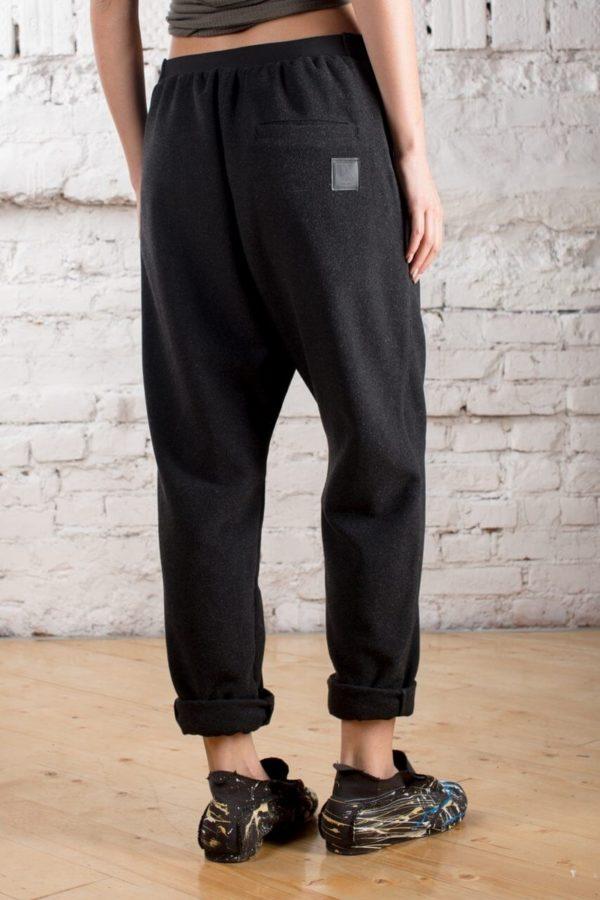 дизайнерские штаны свободного кроя