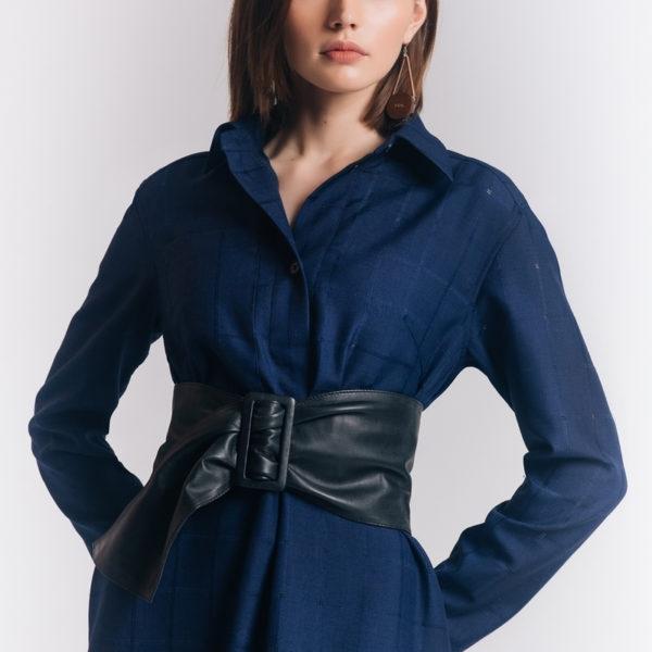 Дизайнерское платье с поясом