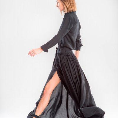 Серое платье-рубашка из черного хлопка