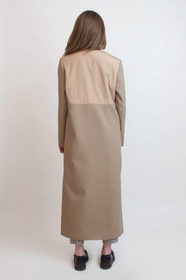 Пальто с отделкой из плащевки