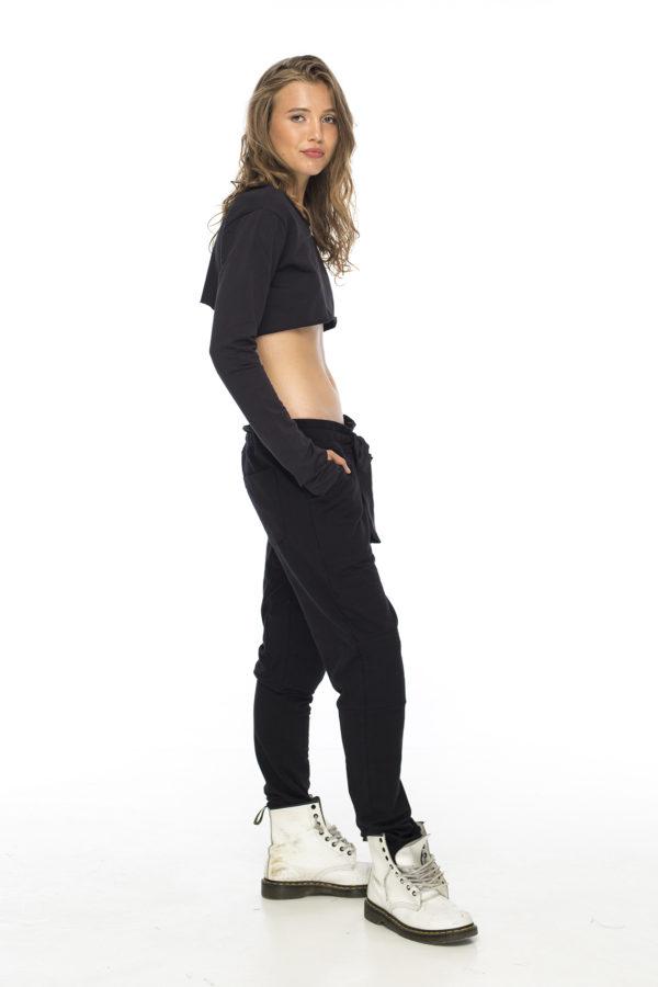 Штаны с мотней черного цвета с шелковым поясом