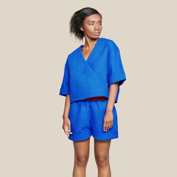 Вафельная блуза-кимоно синяя