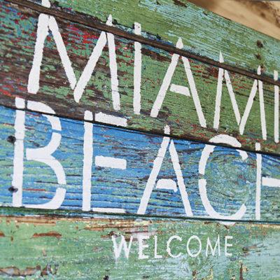 Деревянная табличка на стену Miami Beach