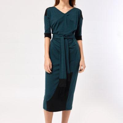 Платье с поясом темно-зеленое