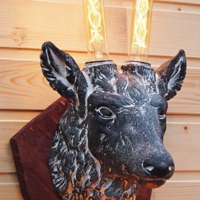 Светильник настенный - Голова оленя черный на белом