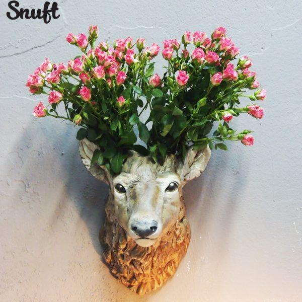 Керамическая ваза в виде головы оленя белая