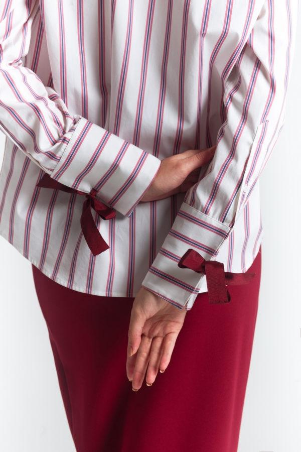 Рубашка с лентами