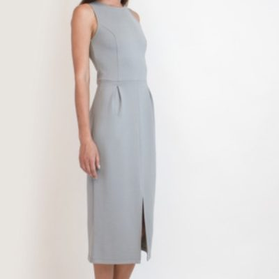 Светлое платье из плотного трикотажа
