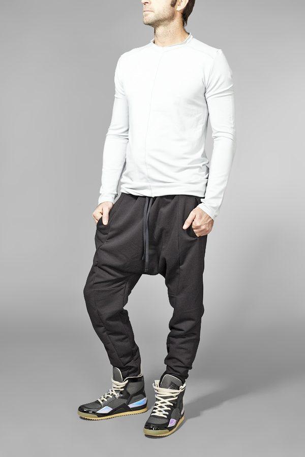 Трикотажные штаны с карманами черные