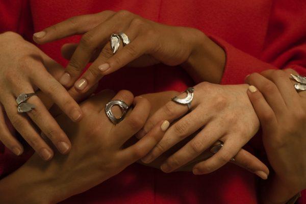 Незамкнутое кольцо Brush (серебро 925-ой пробы, покрытие белым родием)