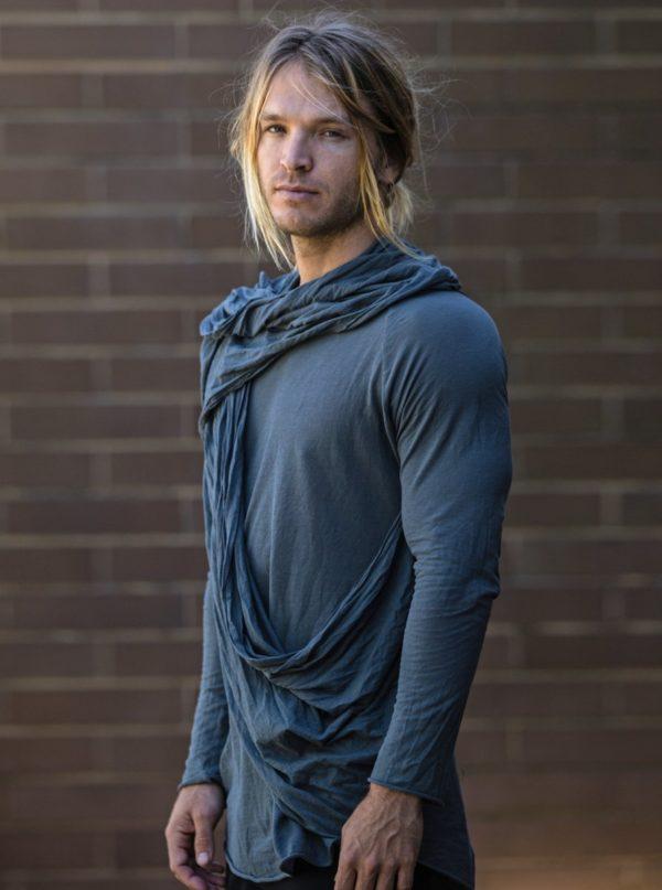 Мужской лонгслив с поясом шарфом