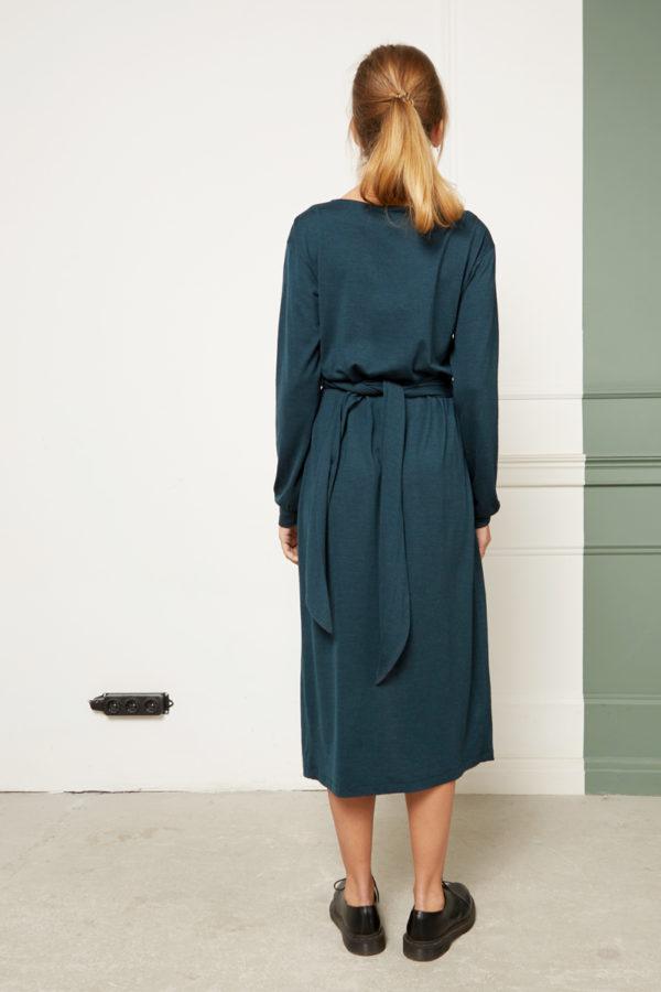 Платье с драпировкой зеленое