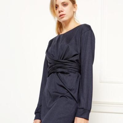 Платье с драпировкой синее