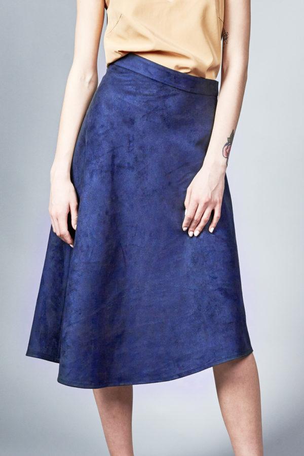 Асимметричная юбка из искусственной замши синяя