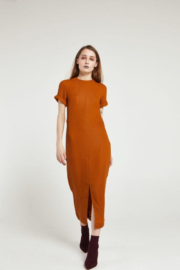 Платье с рукавом реглан