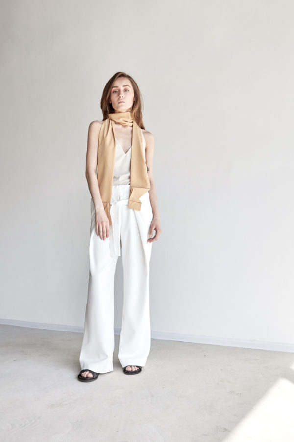 Широкие брюки белые