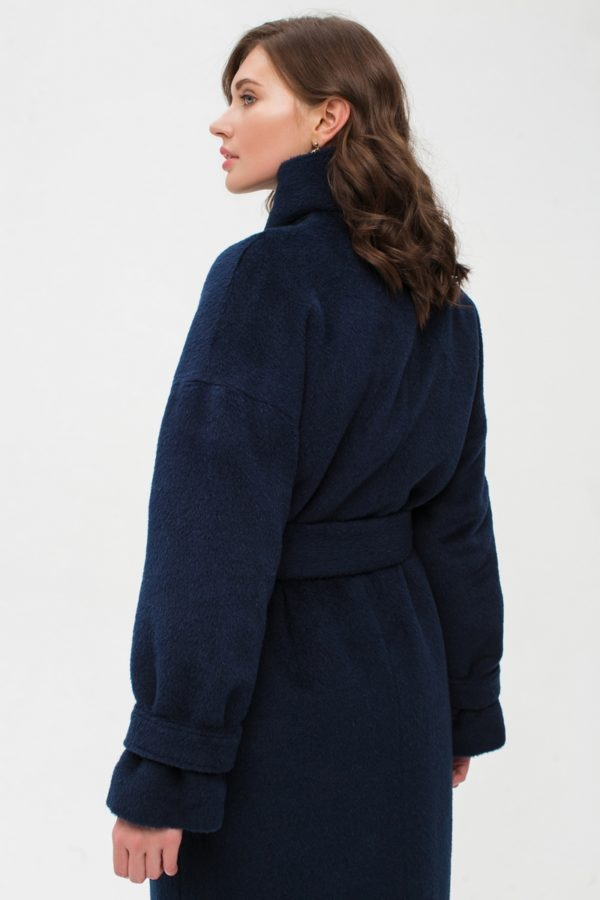 Зимнее длинное синее пальто из альпаки