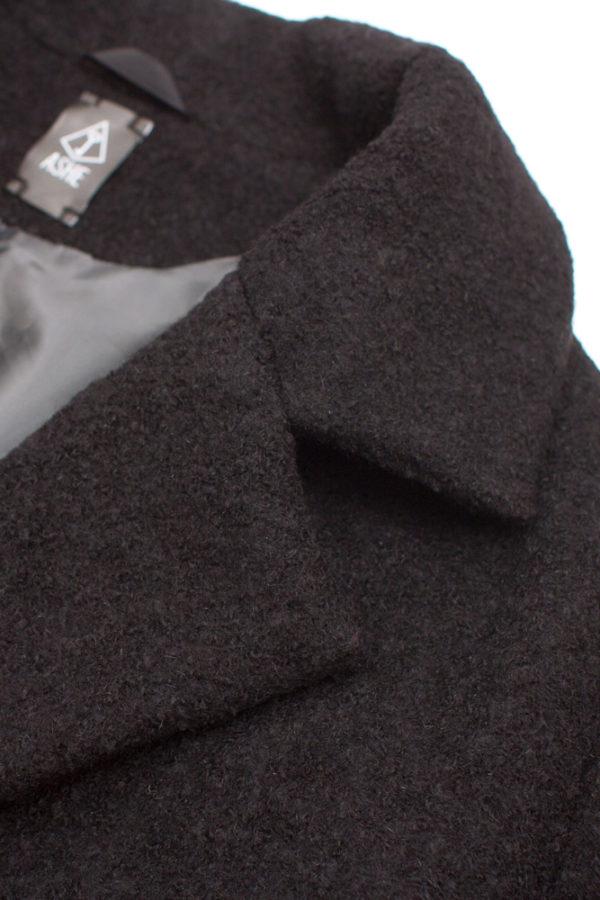 Короткое двубортное пальто черное