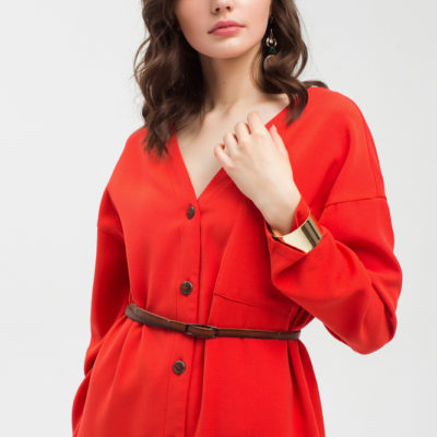 Дизайнерское красное платье свободного силуэта