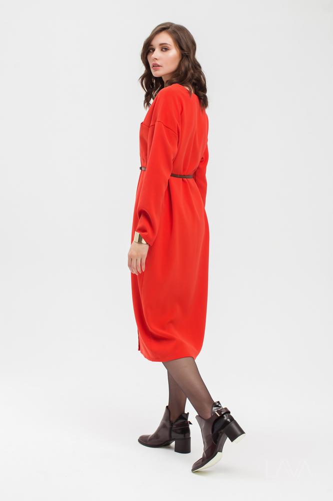 514a7910e6e Дизайнерское красное платье свободного силуэта купить в Москве с ...