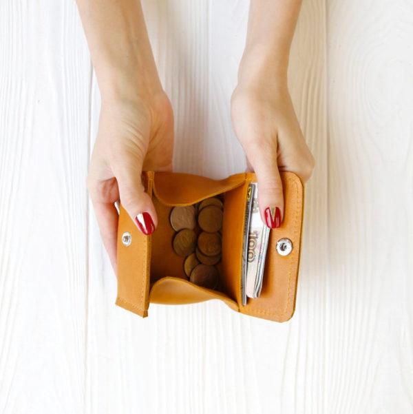 Сумка Candy box - Чёрное зерно + красный крейзи хорс