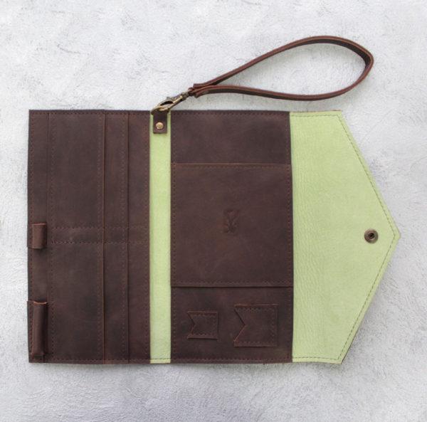 Портмоне TravelHolder - Шоколадный крейзи хорс + салатовый