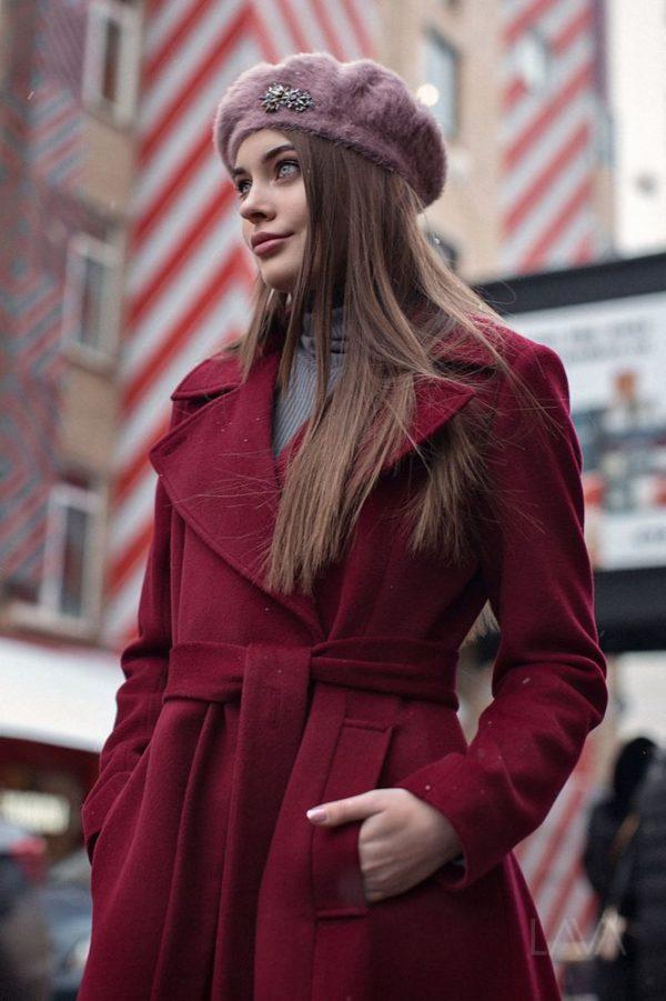 Дизайнерское длинное пальто расклешенное бордо