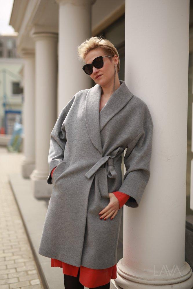 fbeba6f3657 Дизайнерское пальто-кимоно купить в Москве с доставкой – 4designers.ru