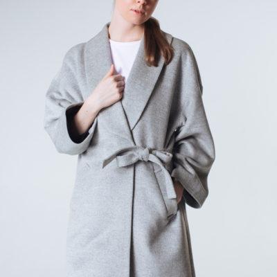 Дизайнерское пальто-кимоно