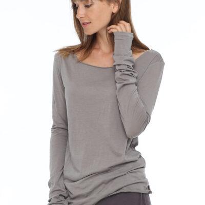 Кофта с рукавом полуперчаткой серого цвета